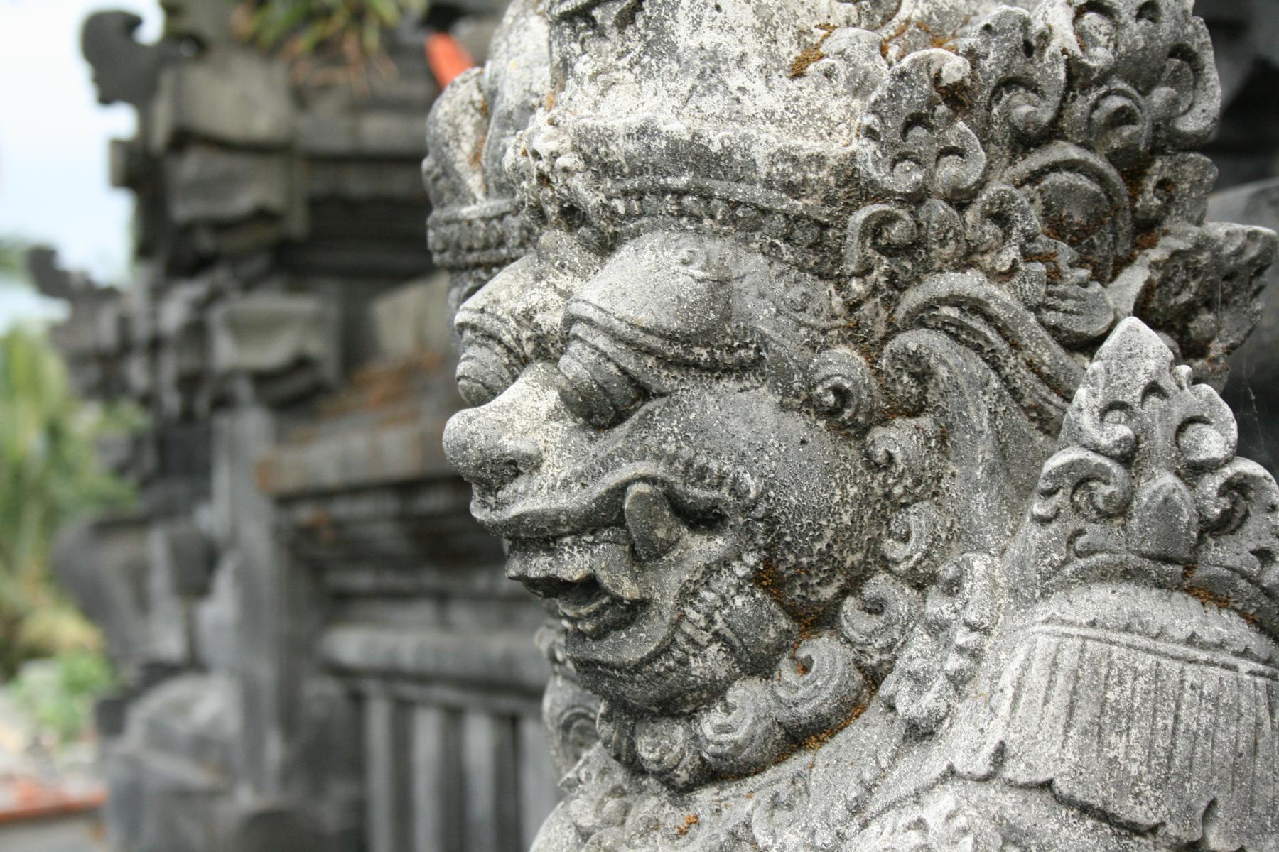 skulptur auslandssemester-bali